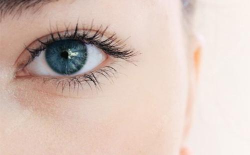 做韩式双眼皮怎样消肿能更快一些呢