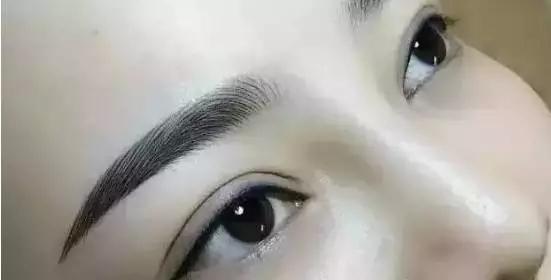 韩式半永久眉毛