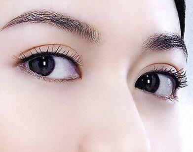 做埋线双眼皮会留下疤痕吗