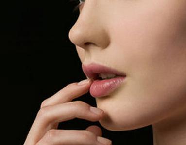 韩式隆鼻效果如何