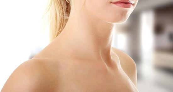 女性颈纹如何去除比较有效